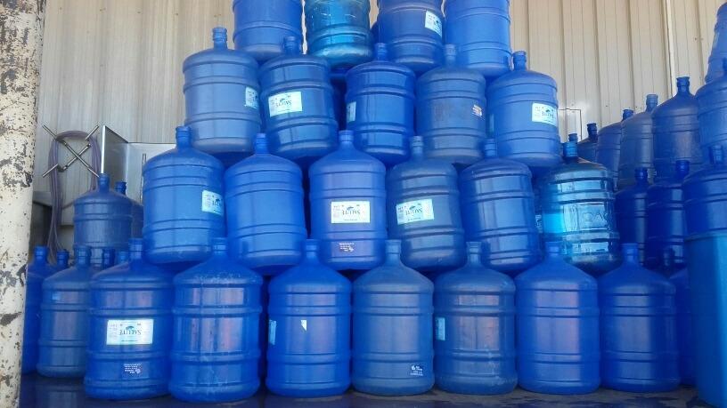 Você com certeza já viu um purificador de água e um bebedouro de galão. Porém, você sabe a diferença entre eles? Aqui te explicaremos tudo.